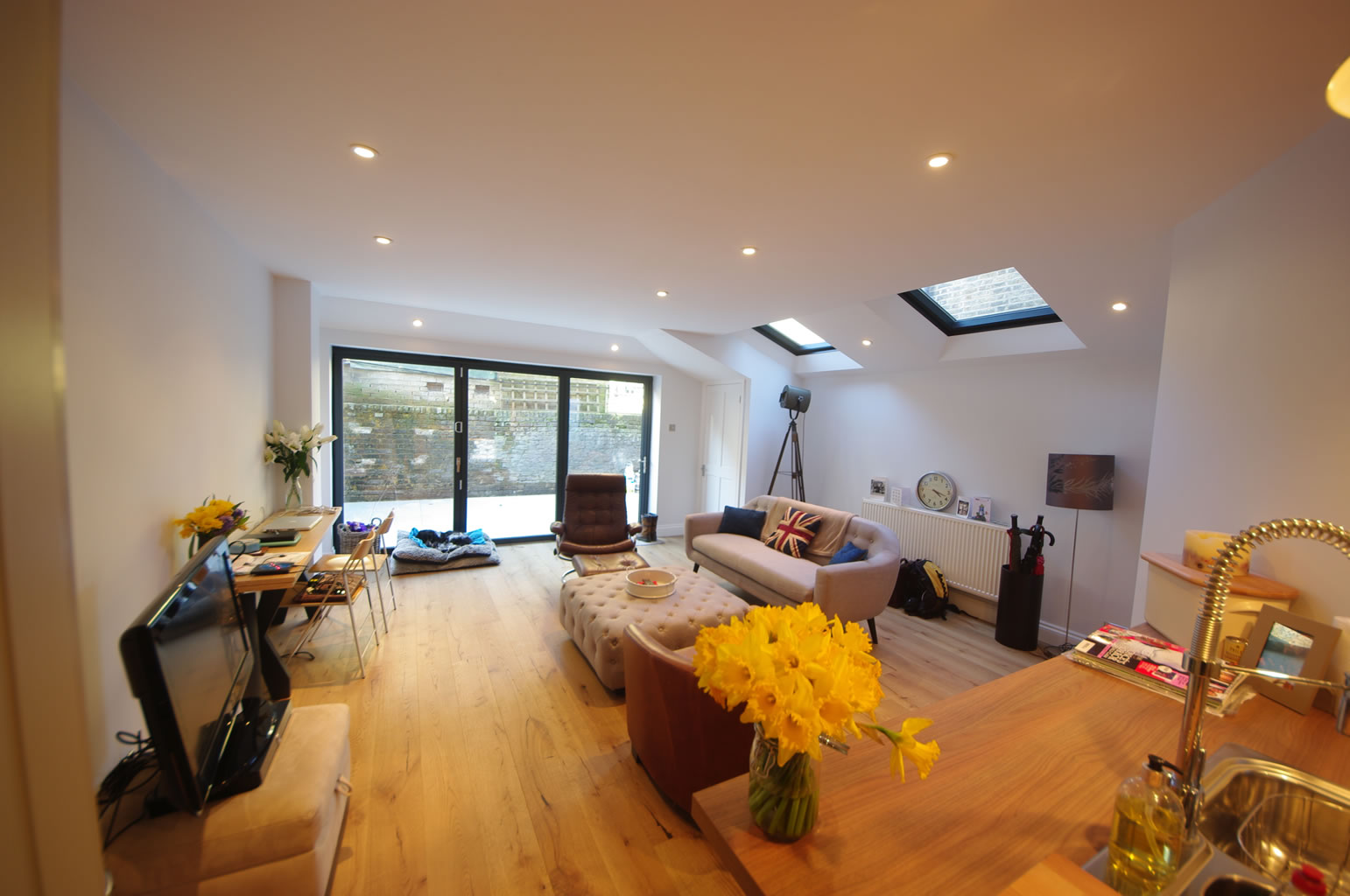 Simon SW11, Side and Rear kitchen extension