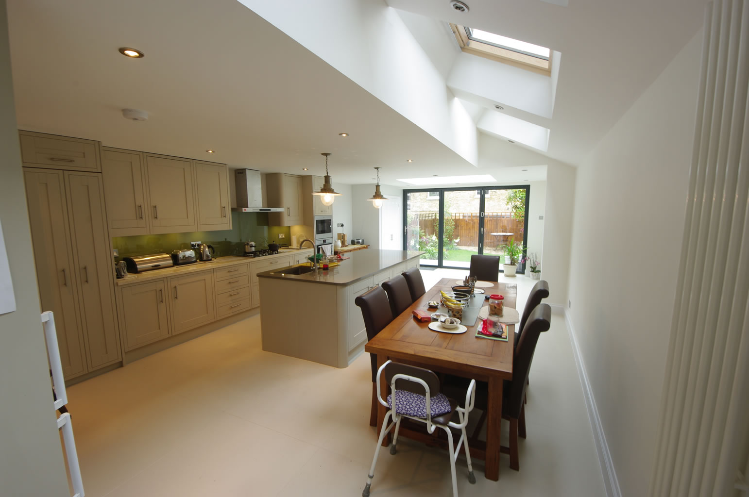 John SW12, Side and Rear Extension